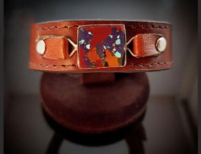 دستبند چرم با سنگ مولتی کد 131012