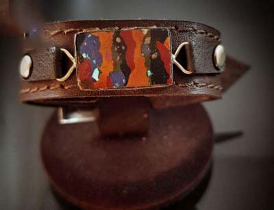 دستبند چرم سنگ درمانی مولتی