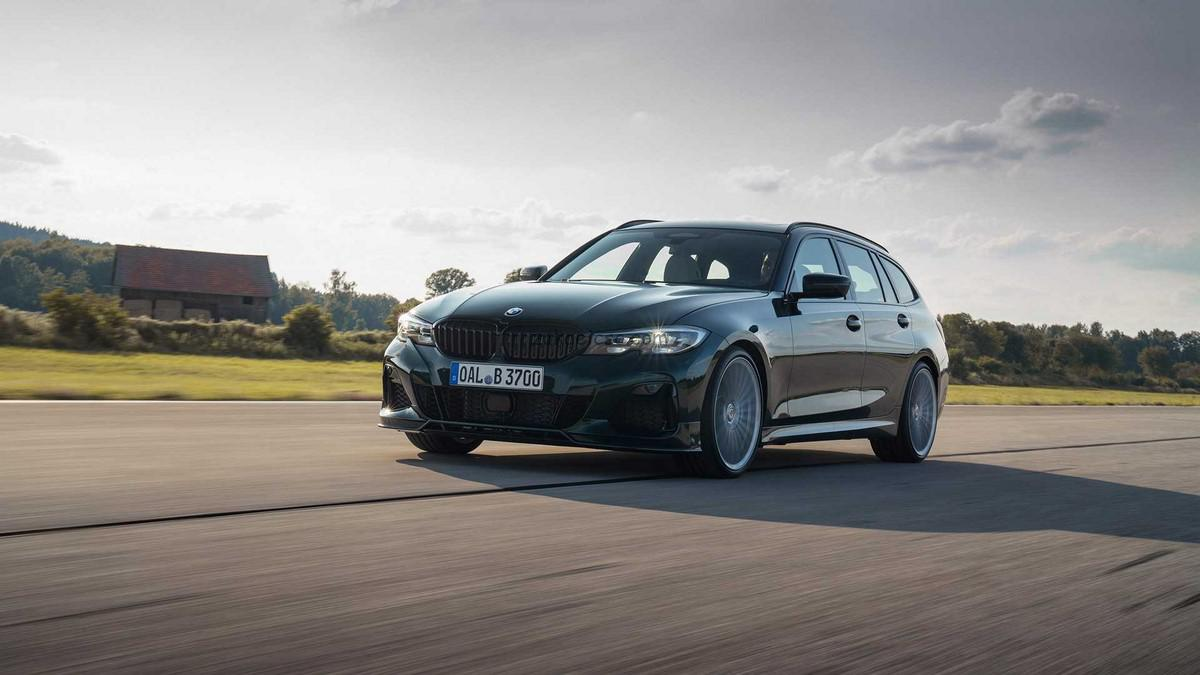 bmw-and-alpina-b3-station-intense-unveiling